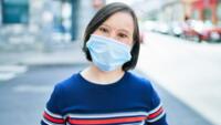 El equipo investigador analizó todos los datos del síndrome de Down disponibles públicamente con el propósito de descubrir alteraciones que pudieran estar relacionadas con la infección por SARS-CoV-2.