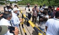 Migrantes de Guinea se reúnen con autoridades peruanas y brasileñas para ofrecer disculpas