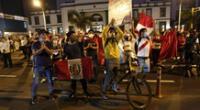 Ciudadanos se reunieron en Plaza San Martín con pancartas en mano.