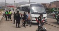 frustran robo a bus de transporte público