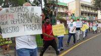 Trabajadores de casinos y tragamonedas protestan.