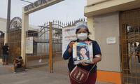 Kelly Lunarejo García necesita ser trasladada a un hospital donde puedan realizarle el tratamiento de diálisis. Sus padres piden ayuda económica para los gastos debido a que no cuentan con empleo.
