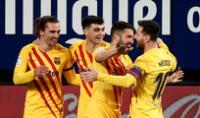 Festejo de Messi y compañía por el primer gol de Barcelona ante Osasuna.