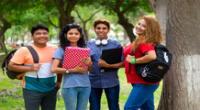 Según la Encuesta Nacional de Hogares 2019, el 16.8 % de jóvenes no estudia ni trabaja, mientras que el 82 % que labora, lo hace en situación de informalidad