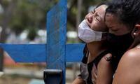 En contra de la tendencia global de estabilización, Brasil presenta el peor escenario desde el inicio de la pandemia de coronavirus.