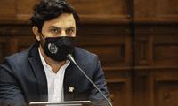 Congreso investiga a Daniel Olivares por revelar que consume marihuana desde hace 20 años.
