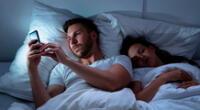 Para los especialistas, la microinfidelidad es el comienzo, cuando dos personas se involucran y ven si la otra está interesada.