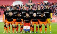 Holanda festeja por la victoria y porque 5000 mil  hinchas pudieron entrar a la tribuna.
