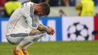 Sergio Ramos la pasa mal esta temporada apenas jugó 15 de los 28 partidos.