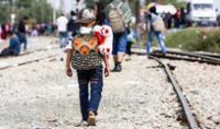 El Instituto Nacional de Migración (INM) de México halló este martes a un niño hondureño de cuatro años viajando solo.