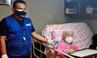 Reniec entregó duplicado de DNI a anciana de 101 años en su domicilio