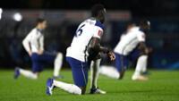 Jugador  Sánchez denuncia insultos racistas en redes tras empate ante Newcastle.