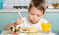 Una buena alimentación puede prevenir la anemia en los más pequeños.