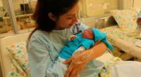 Madres no deben dejar de dar de lactar a sus hijos recién nacidos.