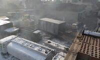 una docena de vehículos quedaron en cenizas tras incendio en SJM