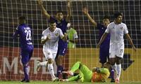 Cuesta falló un penal, pero luego se reivindicó marcando un gol.