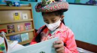 entregaron mobiliarios para 11 espacios de lectura en Ayacucho.