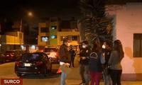 Peritos de criminalística y agentes de homicidios realizaron pruebas de luminol en la casa donde se cometió feminicidio