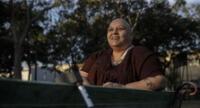 A sus 54 años, tiene una vida con mucho activismo social enfocada en los derechos humanos.