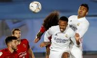 Real Madrid sufrió más de lo debido para ganar al Osasuna.
