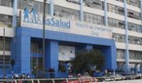 Familia de paciente oncológico denuncia que el  hospital de Emergencias Grau no refiere a adulta mayor a Hospital Almenara desde hace un mes.