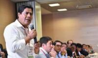 El alcalde de Chota, Werner Cabrera, destacó la labor de los periodistas que dirigieron el debate presidencial en Cajamarca con profesionalismo y objetividad..