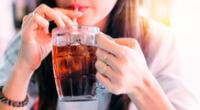 Beber gaseosa podría generar graves daños a los riñones, según EsSalud.