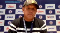 Juan Reynoso se quebró en plena conferencia de prensa.