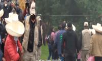 Familiares de Pedro Castillo llegan para el desayuno tradicional electoral