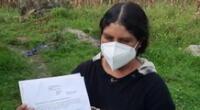 Rosa Irigoyen mostró los documentos que acreditaban su trabajo como miembro de mesa y firma.