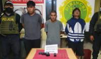 Los detenidos fueron trasladados a la comisaría donde investigarán quien disparó