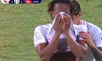 André Carrillo se retira entre lágrimas