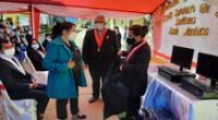 Presidenta del Poder Judicial Elvia Barrios entregó computadoras a los jueces de paz de Ayabaca