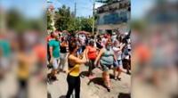 Los videos demuestran a los protestantes caminando, y montando bicicletas para pedir el fin de la dictadura de décadas.