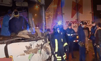Chofer quedó atrapado tras chocar contra un camión de carga