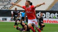 Danilo Carando celebra uno de sus tres goles marcados en Cienciano ante Boys.
