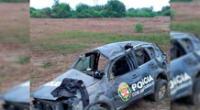 El vehículo policial terminó averiado