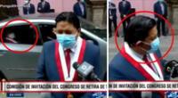 Carro oficial de Congreso deja a parlamentario en plena declaración en vivo a la prensa.