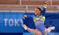 Brasileña Rebeca Andrade se llevó oro en salto y dejó atrás  a representante USA.