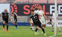Irven Avila abre el camino de gol de Sporting Cristal en la goleada  6-1 ante UTC. Avila marcó dos goles.