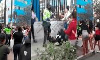 Meretrices golpearon a agentes de la PNP y serenazgo de ate