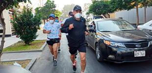 Elecciones 2021: Ollanta Humala sale a correr antes de aproximarse a su local de votación