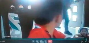Ladrón irrumpe casa de un niño mientras estaba en clases virtuales y todo queda registrado [VIDEO]