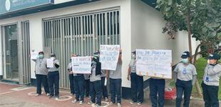 Cercado de Lima: más de 500 trabajadores de limpieza protestan por falta de pago