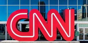 CNN despidió a tres de sus trabajadores por ingresar a sus oficinas sin vacunarse contra el COVID-19