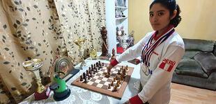 Tetracampeona panamericana en ajedrez competirá en mundial interescolar