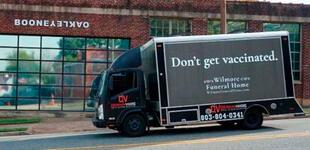 """""""No se vacunen"""": anuncio de 'funeraria' con contundente mensaje se hace viral"""