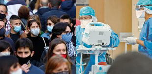 """El coronavirus continuará brotando en América """"hasta bien entrado 2022″, advierte la OPS"""