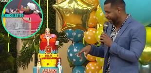 """América Hoy celebra aniversario con torta y trolean a Giselo con ampay: """"Adentro es chocolate"""""""