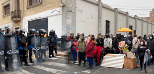 Cercado de Lima: desalojan a ambulantes de los alrededores de Mesa Redonda